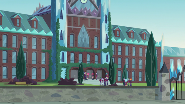 File:Crystal Prep Academy exterior at midday EGS1.png