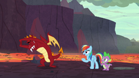 Garble stretching for his race with Rainbow S7E25