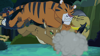 Jungle cats tackle Daring Do S4E04