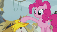 Pinkie gives one bit to Gilda S5E8