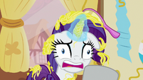 Rarity starting to hyperventilate S7E19