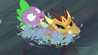 Spike saves armored dragon from drowning S6E5