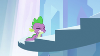 Spike struggling to get up step S3E2