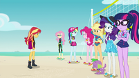 Sunset Shimmer fails to convince her friends EGFF