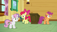 Sweetie Belle and Scootaloo realizes it S6E4