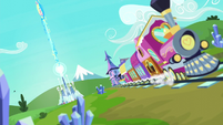 The Friendship Express with the Crystal Castle in the background S6E2
