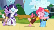 Twilight, Rarity, Pinkie, and Rainbow singing S02E11