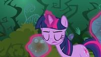 Twilight levitating bubbles S3E05