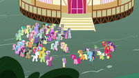 Fluttershy addressing the Earth ponies S9E25