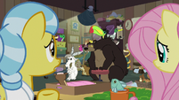 Fluttershy and Fauna look at still crowded clinic S7E5