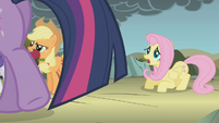 Fluttershy still very afraid S1E07