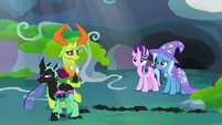 Painted Changeling angrily walks away from Thorax S7E17