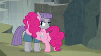 Pinkie Pie tearfully hugging Maud Pie S7E4