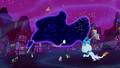 Ponyville works together against the Tantabus S5E13.png