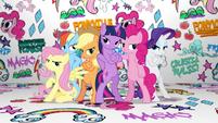 Pose de grupo de las protagonistas en el video musical de Fresh Princess