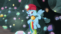 Rainbow Dash -it's stuck!- S8E17