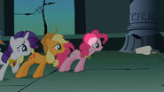 S01E02-error Pinkie sin Orejas