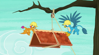 Smolder and Gallus raise the roof a little S8E9