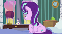 Starlight Glimmer looks at music box Twilight S7E10