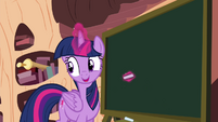 Twilight levitating a chalk S4E21