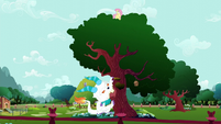 Giant Angel gnawing on the tree S5E13