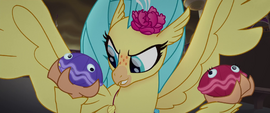 Hippogriff Skystar holding Shelly and Sheldon MLPTM