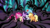 Mane Six tormented by shadowy claws S9E2