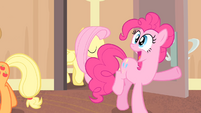 Pinkie Pie '...at the Far-Afield Tavern!' S4E08