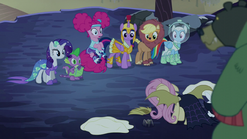 Pinkie Pie sitting on her bouncy tail S5E21