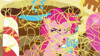 Pinkie Pie sprays silly string all over S7E19