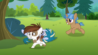Pipsqueak and colt galloping back to day camp S7E21
