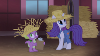 Rarity and Spike seeing lights dim S4E13
