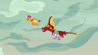 Smolder, Garble, and Spike fly in the sky S9E9