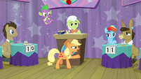 "Applejack ""a question about apples"" S9E16"