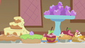 Baked goods with Pinkie's bite marks S1E10.png