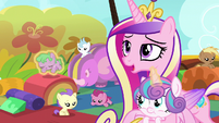 "Cadance ""Flurry is having a wonderful time"" S7E22"