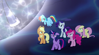 Mane Six overcome with worry S5E13