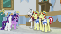 Neighsay -albeit an unaccredited one- S8E16