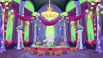 New Friendship Rainbow Kingdom castle dining room S5E3