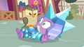 Owlowiscious glaring at armored Spike S4E23.png