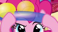 Pinkie Pie putting on balloon hat S4E12