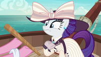 Pinkie offers pinata stick to elegant Rarity S6E22