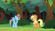 S06E18 Rainbow podchodzi do przyjaciółki