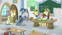 Star Swirl buys more worksheets from Flim and Flam S8E16