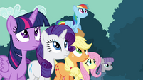 Twilight and friends watching Pinkie S4E18