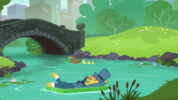 Business pony floating away on the creek S5E16