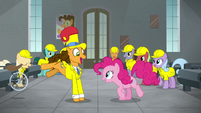Cheese Sandwich singing next to Pinkie S9E14