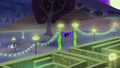 Cherry Berry, Golden Harvest, and Berryshine approach the corn maze S5E21.png