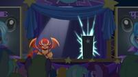 Magic sparks inside the black box S6E6