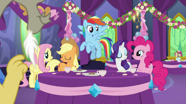 File:Main five ponies in agreement S7E1.png